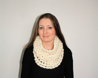 Chunky Knit Cowl Scarf, Knit Infinity Scarf, Knit Circle Scarf, Brooklyn Scarf - Fisherman