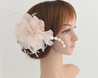 Wedding Fascinator, Bridal Hair Comb,Wedding Hair Comb,Feather Flower Comb Fascinator 30A (Light Pink)