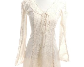 Vintage 60s Gunne Sax Renaissance Victorian Medieval Boho Hippie Ivory White Lace Up Dress Wedding