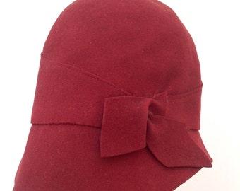 1920s cloche hat red felt Art Deco vintage antique