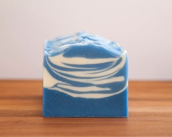 Artisan Soap // Homemade Soaps // Clean Scent Soap // Artisan Soaps // Vegan Soap // Scented Soap // Blue Soap // Cold Process Soap