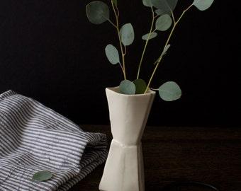 Porcelain Bud Vase, Flower Vase, Ceramic, Paper