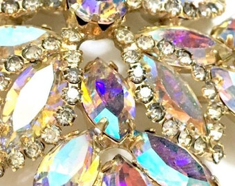 Vintage 50s/60s Aurora Borealis Crystal Brooch and Earrings Jewelry Set