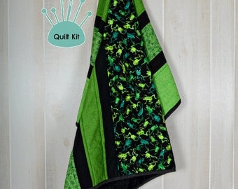 Quilt kit, Pre-Cut, Minky backed - Frog Frolic Quilt Kit