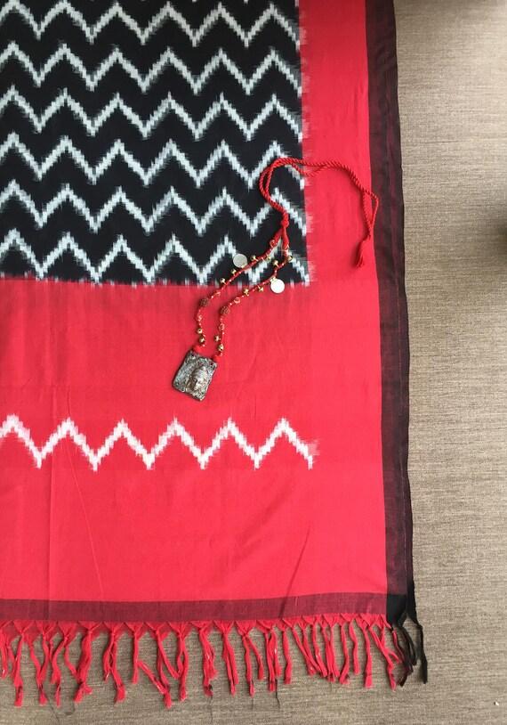 Red Black Ikat Indian Fabric,Handloom Chevron Yarn dyed Resist ...
