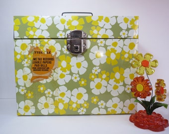 1970s Fileaway Metal Portable File Box with Hip Daisy Pattern by Ballonoff