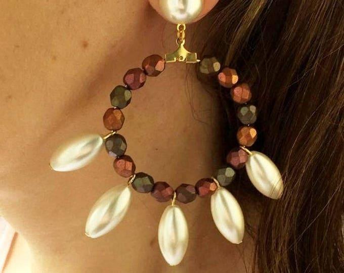 Golden hoop earrings white pearls