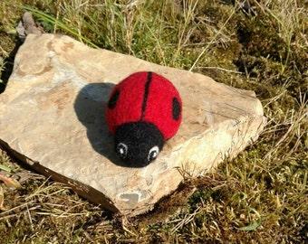 Needle of felted ladybug, decoration, good luck charm, felt soft, animal, character, lucky, accessory, gift, gift idea, textile art