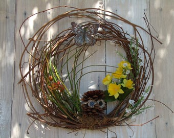 Spring Wreath, Owl Wreath, Door Wreath, grapevine wreath, grapevine owl wreath. rustic wreath
