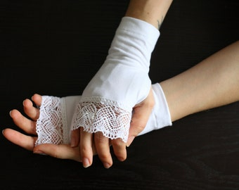 White arm warmers decorated with lace steampunk fingerless gloves- WRW 2L