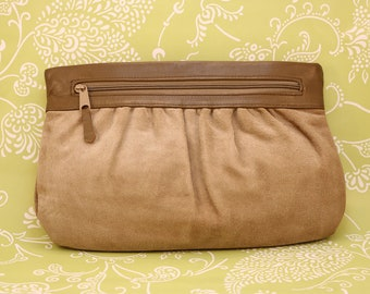 Brown suede clutch 1980's vintage Letisse with pleating and in excellent condition.