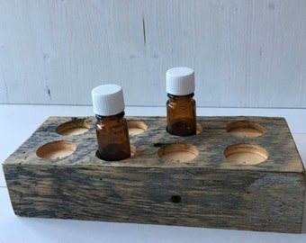 Barnwood Essential Oil Holder, 8 Bottles