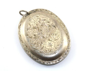 """Vintage Initial """"M"""" Etched Floral Engraving Large Pendant 925 Sterling Silver PD 46"""