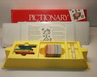 Pictionary Junior The Game of Quick Draw for Children 1987 Vintage Board Game for Kids Card Guessing Game 80's Complete