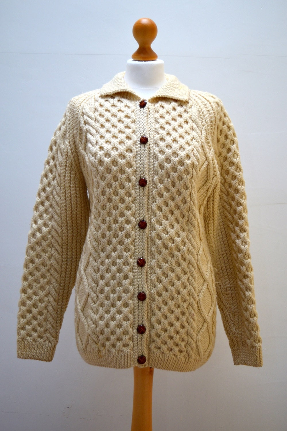 Vintage 1980s Cream Cable Knit Button-Up Cardigan Sweater