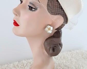 Vintage White 1950's Pillbox Hat   Vintage White Pillbox   Vintage Hat  