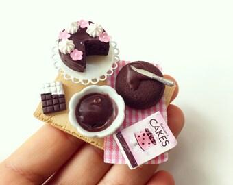 Chocolate Cake-Preparation Board, 1:12 Scale miniatures, Dollhouse Miniature