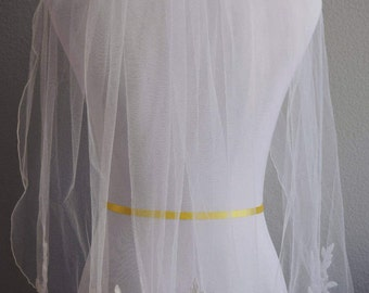 White Floral Veil--Tulle Veil--Floral Veil--Floral and Crystal--Handmade Veil --Bridal Veil--Wedding accessory--Free Shipping!
