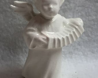 Small Goebel Angel Playing Accordion (#005)