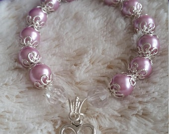 Faux Pearl Bracelet with Silver Heart Charm