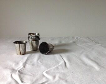 6 vintage metal bake cups