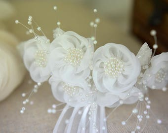 Flower girl white blooms ribbon hair comb first communion hair accessory