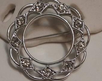 Sarah Coventry Circle Pin