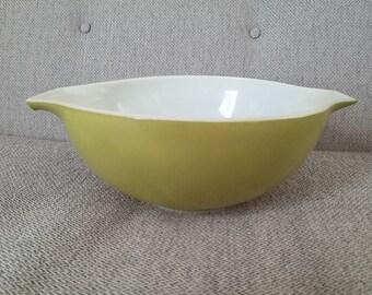 Pyrex #443 Cinderella Bowl Verde/Green