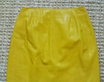 Vintage 60's yellow leather mini skirt