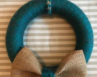 Wool Wreath with Hessian Bow detail (17cm)