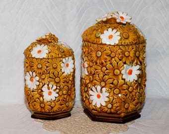 Vintage Mid-Century Adorable Daisy Flower Canisters by the Fred Roberts Co - Made in Japan