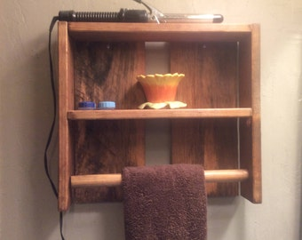 Pallet towel rack