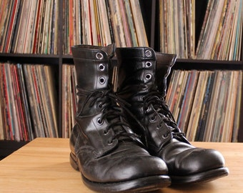 mens vintage combat boots size 9 9.5 10 - USE the MEASUREMENTS - black leather boots, 9 eye Goodyear soles