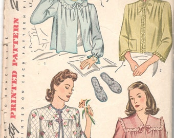 1940s Simplicity 4756  Misses Bed Jacket and Slippers Pattern Dainty Elegant  Lingerie Womens Vintage Sewing Pattern Bust 34