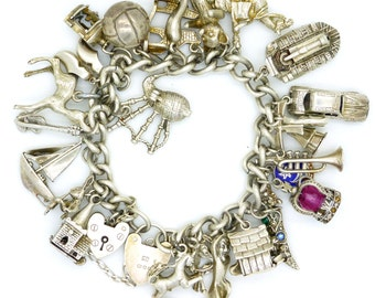 Vintage English  sterling silver charm bracelet 25 x Charms-Moving-opening- Kennel-Bagpipes-windmill-crown-1975-Heart padlock 101g*FREE SHIP
