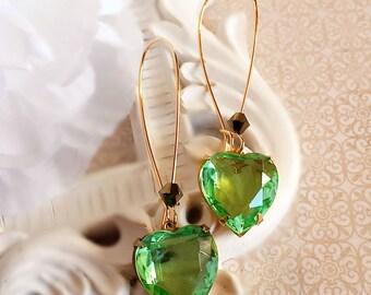 Heart Earrings - Greenery - Spring Wedding - Jewelry - DELIGHT Green
