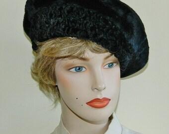 60s Black Faux Fur Beret Tam Faux Mouton Trim Mad Men