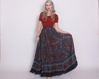 Vintage 70s Boho SKIRT / 1970s Ethnic Print Pleated Full Maxi Skirt XS