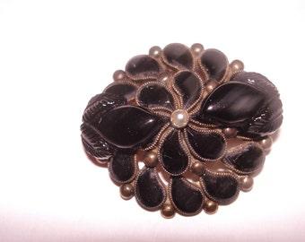 Black Flower Pearl  Brooch Gold Tone