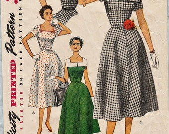 Simplicity 4650 / Vintage 50s Sewing Pattern / Dress / Size 16 Bust 34