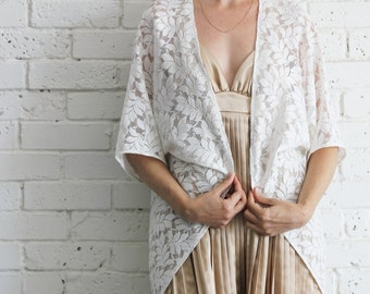 Vintage style White lace kimono Cardigan