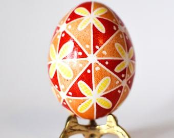 Motyher's Day gift Ukrainian Easter egg batik decorated chicken egg