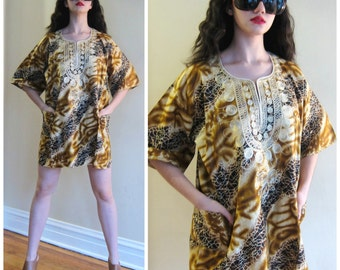 Vintage 1970s Dashiki Tunic Mini Dress / 70s African Batik Print Ethnic Boho Embroidered Top