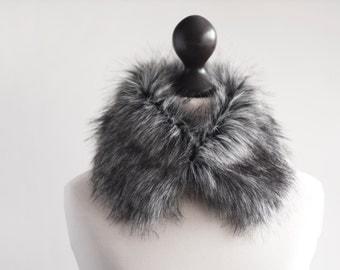 Grey faux fur collar. Faux fur wrap. Fur neck warmer. Womens fur collar. Fur scarf. Christmas gift under 25. Fake fur collar in grey. imali