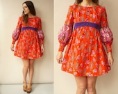 1970's Vintage Hippie Psychedelic Floral Print Mini Babydoll Dress Size Small