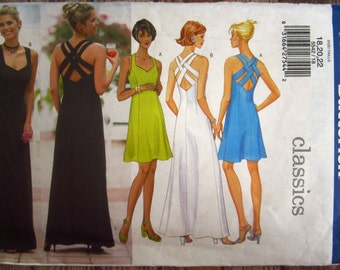 Easy to Sew Misses Close-Fitting Lined A-Line Dress Front Princess Seams Back Straps Side Zipper Sizes 18 20 22 UNCUT Butterick Pattern 5542
