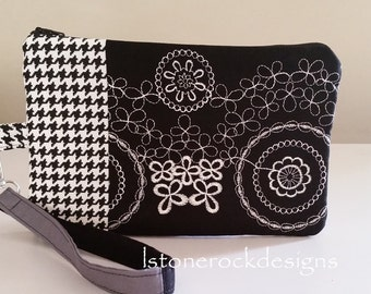 Embroidery Houndstooth Patchwork Black and White Wristlet