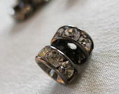 30 pc Clear Crystal A Grade Rhinestone Gunmetal  Rondell Spacer Beads, not AB, 6mm diameter, pkg  30