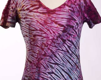 S Shibori Tie Dye V-Neck T Women's Magenta Red Small