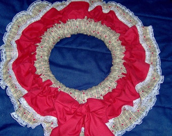 wreath,wallhanging wreath, ruffled fabric, decorative wreath